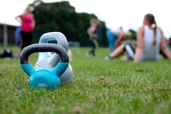 Udendørstræning med professionel fysioterapeut!